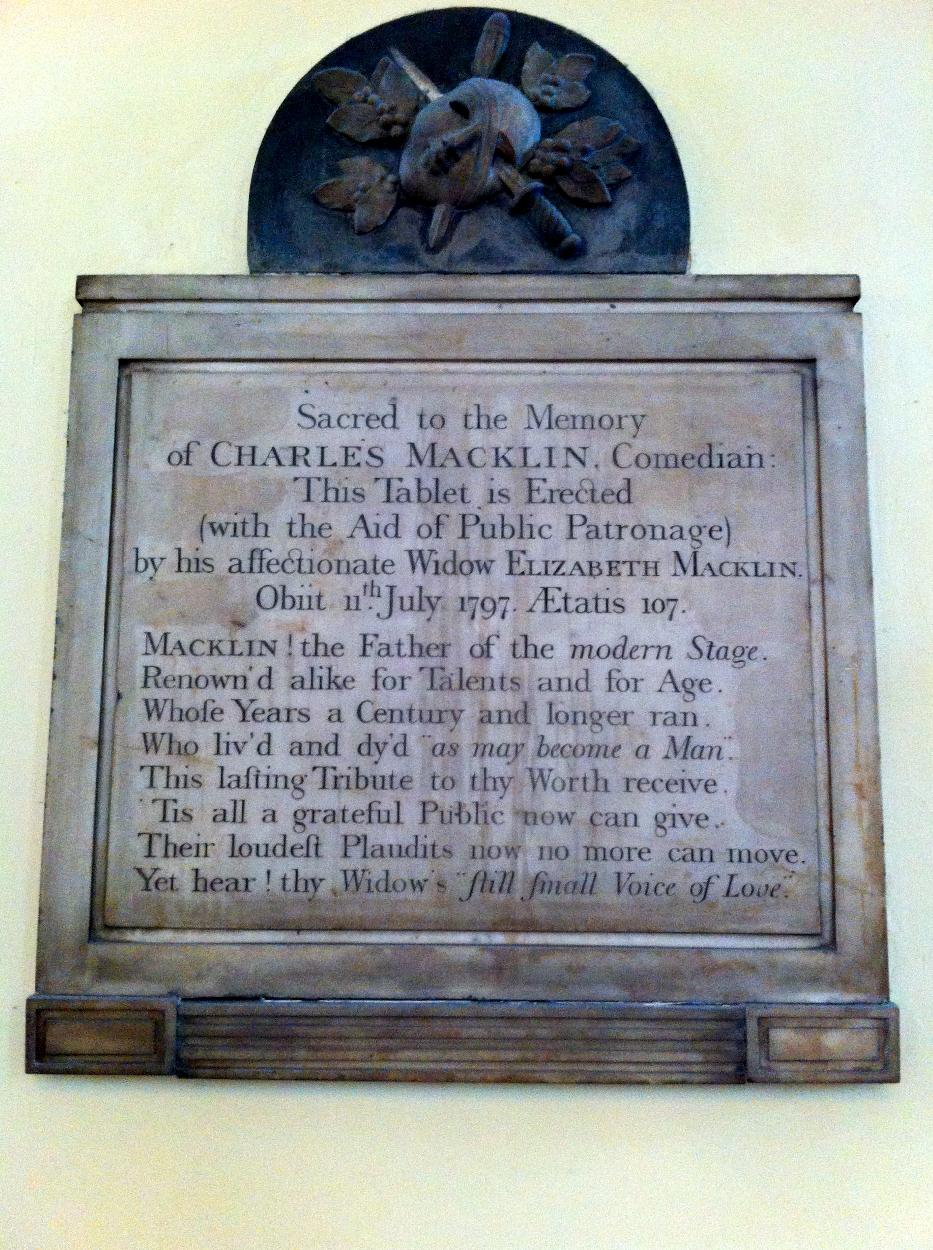 Macklin plaque